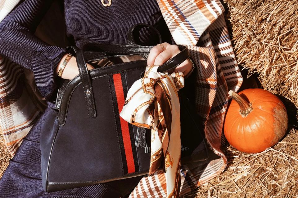 sejsja-na-farmie-dyń-gdańsk-granatowa-torebka-do-czego-nosić-do-czego-pasuje