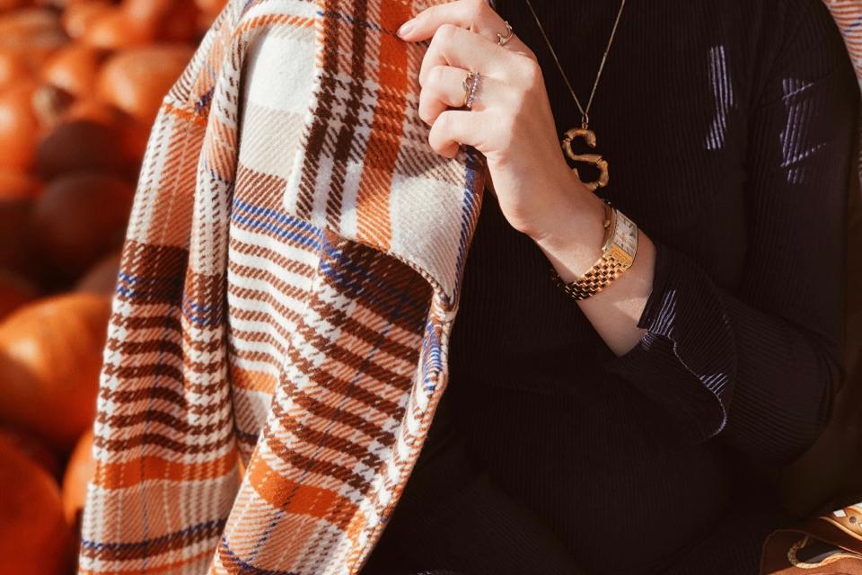 płaszcz-w-kratę-na-jesień-jak-nosić-stylizacja-stylizacje-blog
