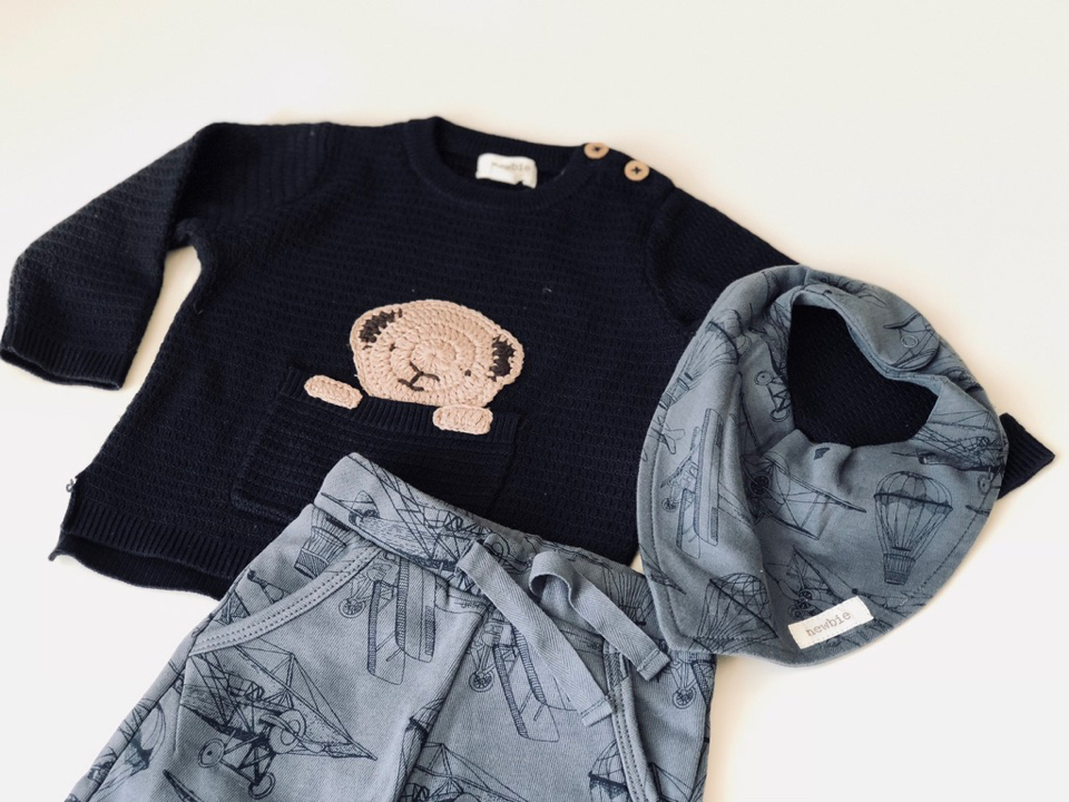 wyprawka-dla-noworodka-ubranka-jakie-wybierać-jakie-kupować-tekstylne-akcesoria-lista-wyprawka-lista