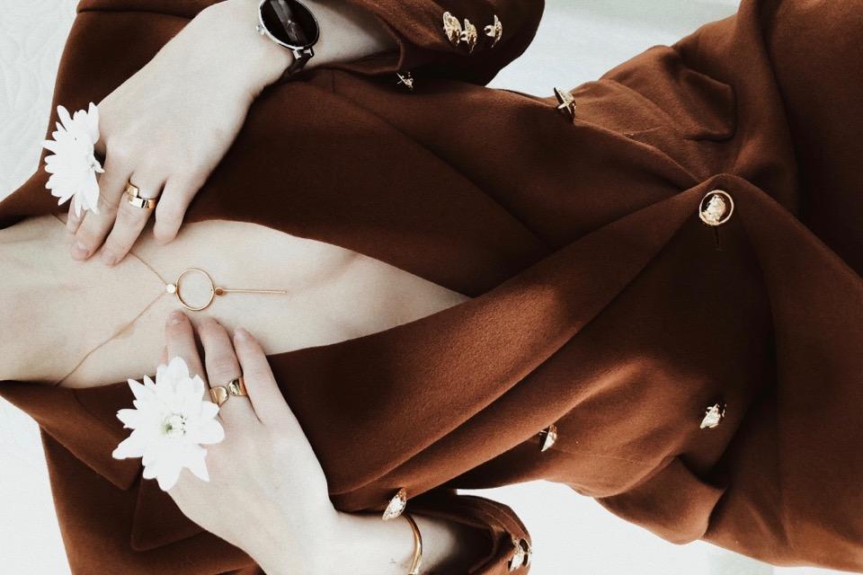 biżuteria-apart-elixa-blog-o-modzie-shiny-syl