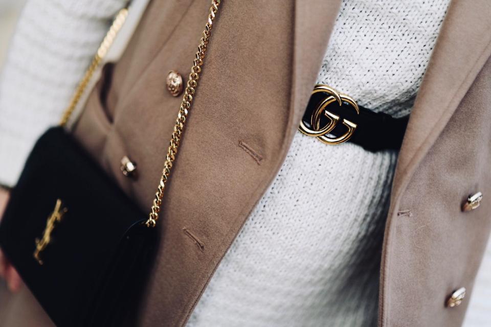 torebka-ysl-pasek-gucci-jak-nosić-do-czego-nosić-stylizacja-stylizacje