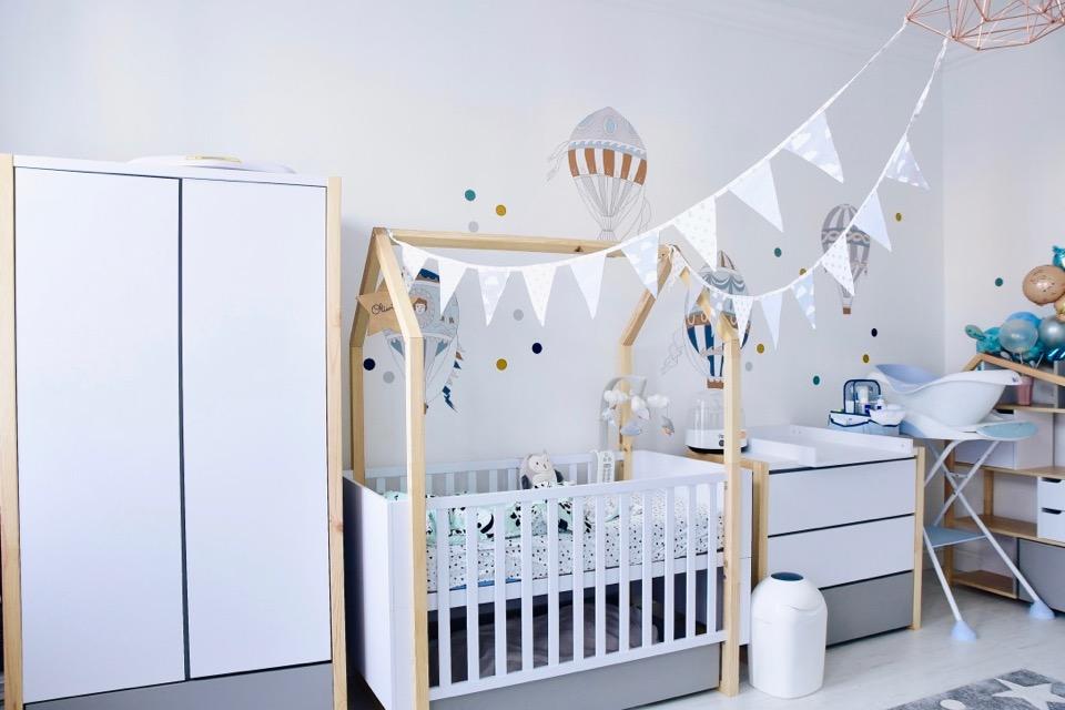 meble-dla-dziecka-dla-synka-meble-bellamy-pinette-meble-z-domkami-w-formie-domków-z-daszkami