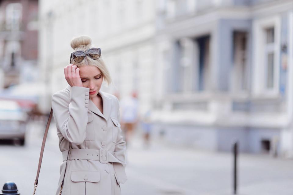marynarka-do-sukienki-jak-nosić-czy-pasuje-stylizacja-gdańsk-blog-o-modzie - 1 (1)
