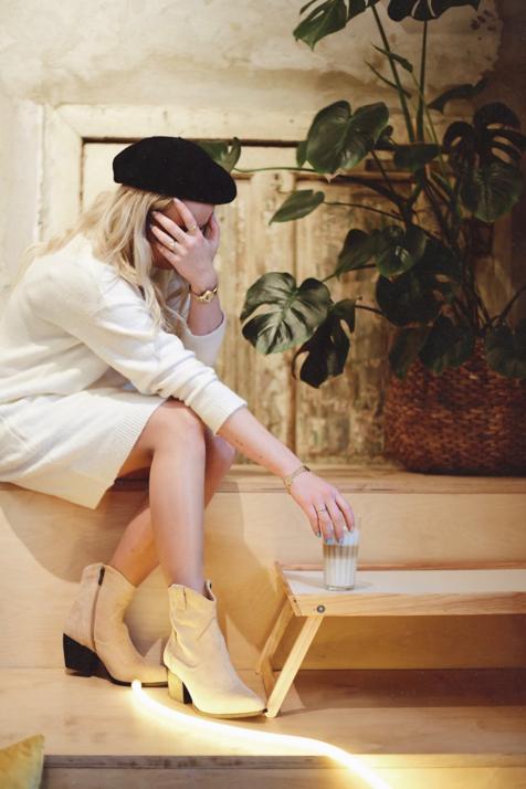 swetrowa-sukienka-w-jesiennej-odsłonie-stylizacja