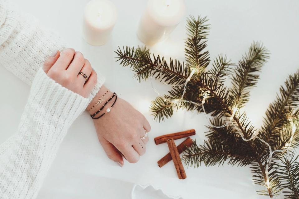 biżuteria-by-dziubeka-świąteczne-pierniczki-sesja-w-świątecznym-klimacie